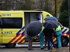 Fietsster aangereden door auto in Geldrop, slachtoffer gewond naar ziekenhuis