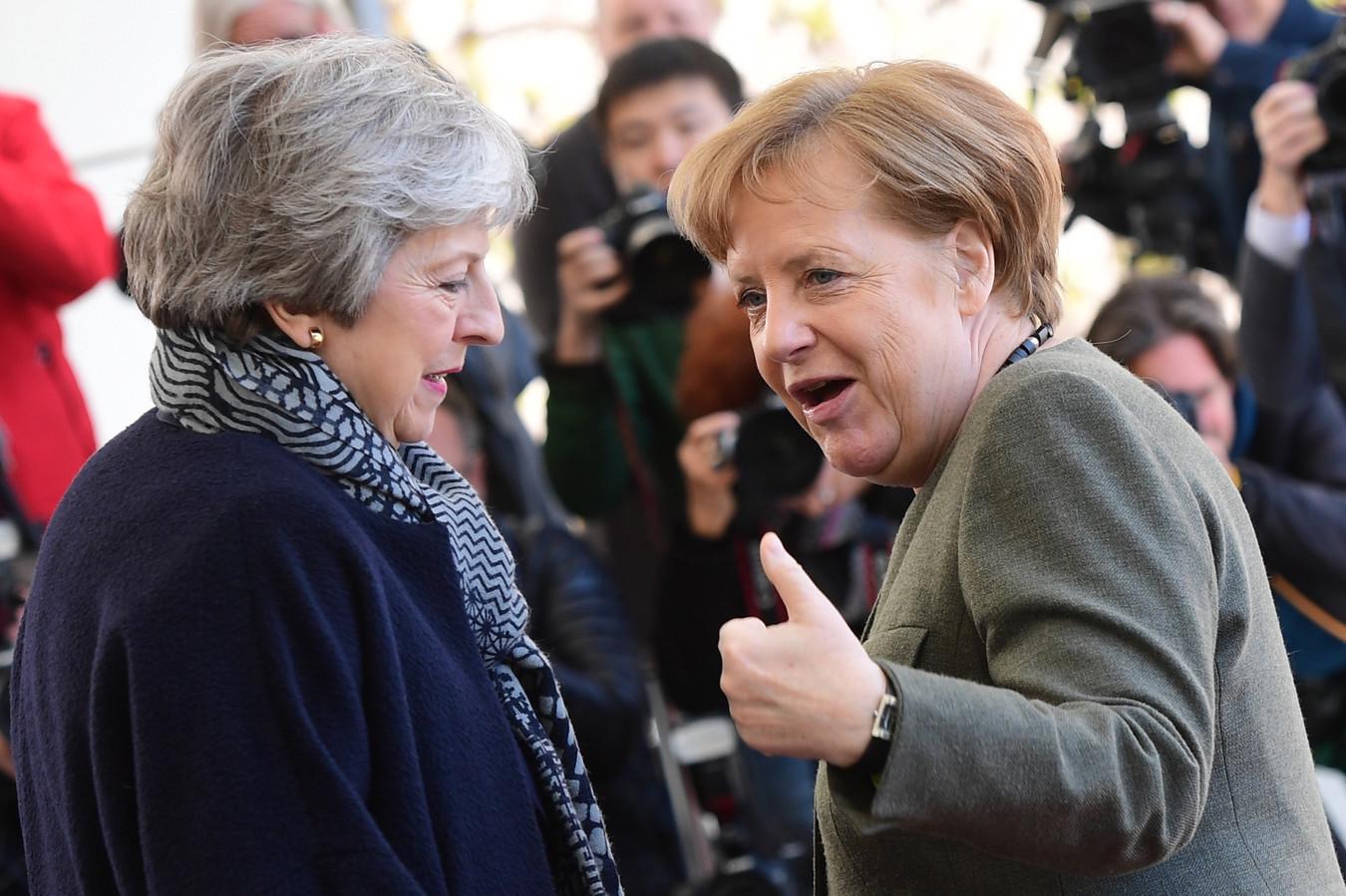 La Première ministre britannique Theresa May et la chancelière allemande Angela Merkel (Berlin, 9 avril)