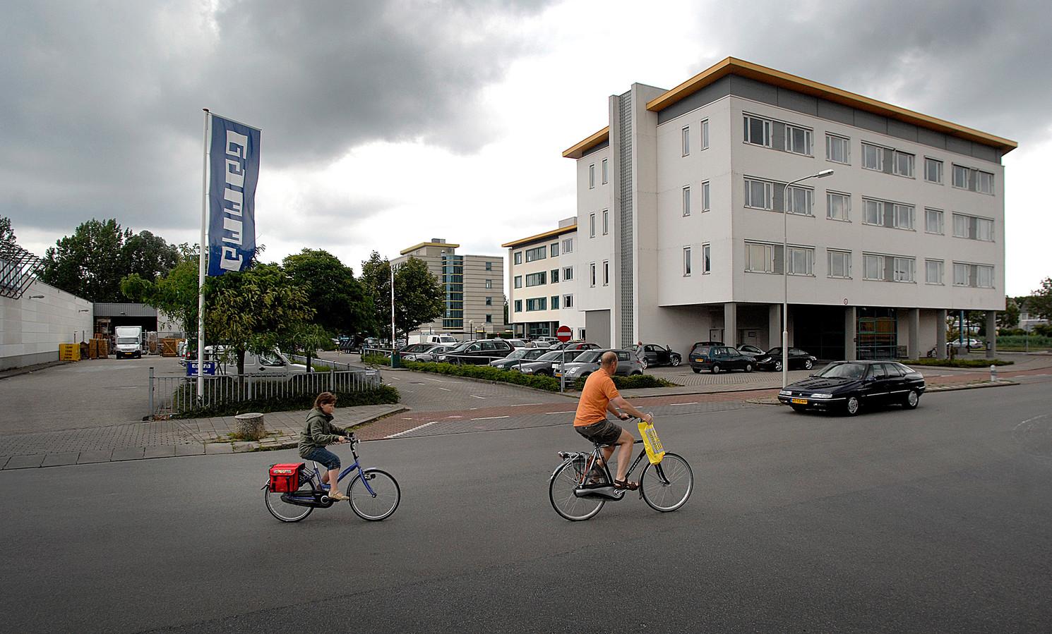 Het gebouw van de polikliniek in de wijk Rijkerswoerd in Arnhem-Zuid.
