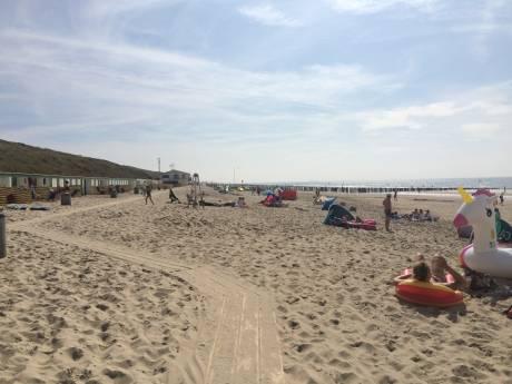 Elektrische strandwagens en zeewater in het toilet: Veere wil duurzame stranden