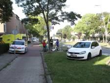 Fietsster gewond na aanrijding met auto in Oss