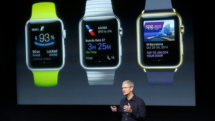 Tim Cook stelde de Apple Watch in oktober 2014 voor tijdens een keynote speech in het Apple-hoofdkwartier in Cupertino.