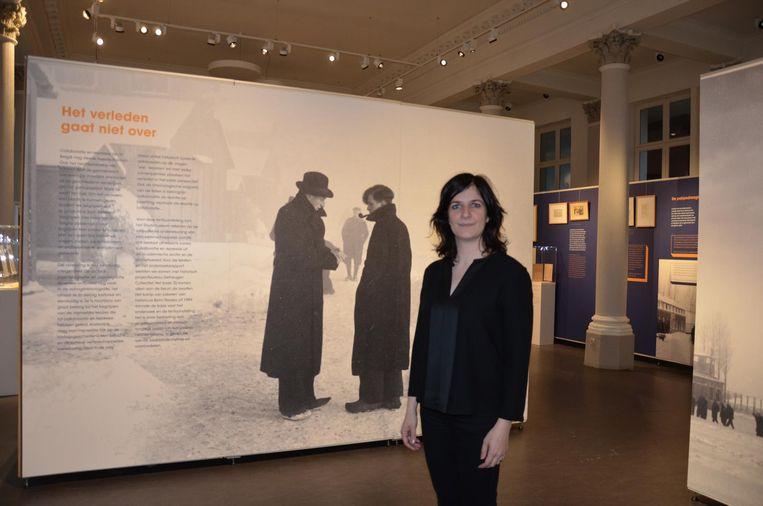 Conservator Leen Heyvaert verwacht heel wat bezoekers voor de tentoonstelling over het kamp van Lokeren in het stadsmuseum.