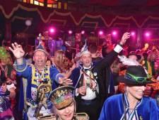 Carnaval 2021: een livestream kijken, quizzen en polonaise lopen door de huiskamer