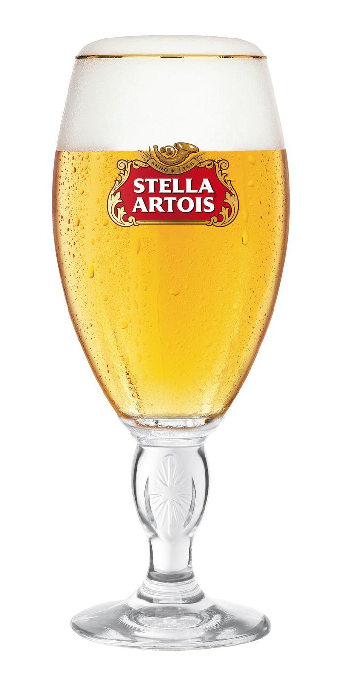 De chalice, het glas waarvoor de 'ribbelkes' moeten wijken.