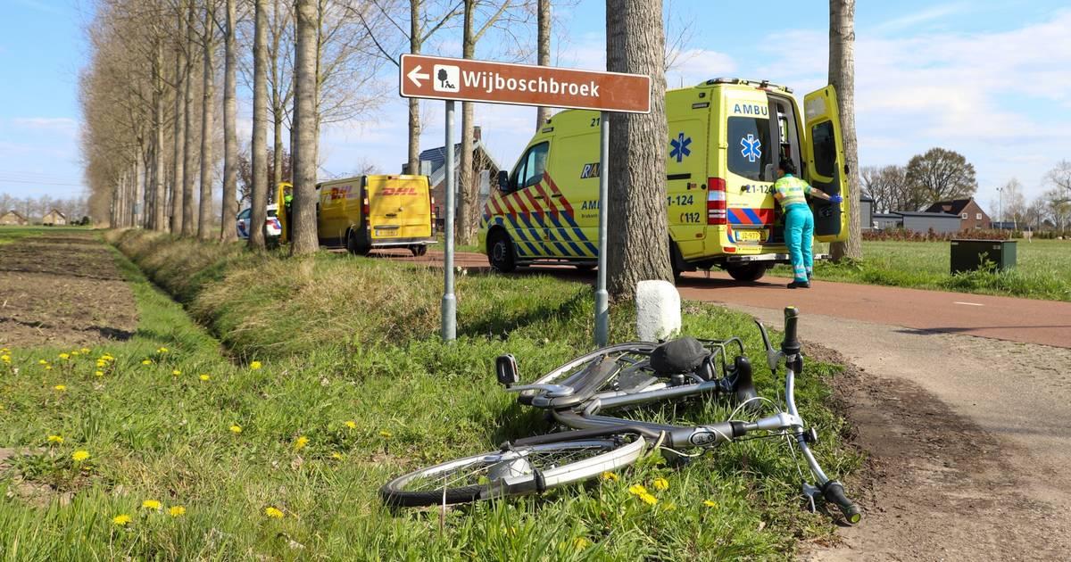 Fietser raakt gewond bij botsing met bestelbus in Schijndel.