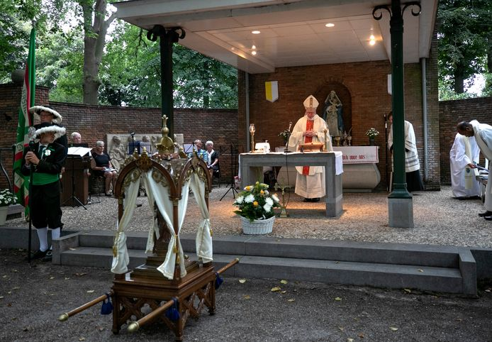 Een openluchtmis met bisschop Gerard de Korte was een van de festiviteiten rond Handel 800 die vorig jaar wel kon doorgaan.