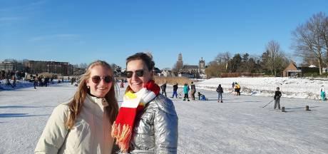 Toch nog een 'bietje' carnaval op het Bossche ijs, in Gameren heerst de rust