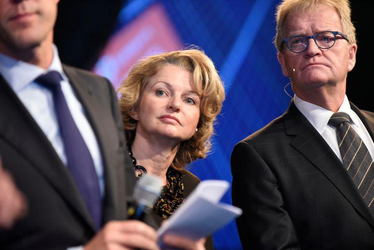 Shell-topvrouw Marjan van Loon tussen Mark Rutte en voormalig werkgeversvoorman Hans de Boer.  Beeld Hollandse Hoogte / Peter Hilz
