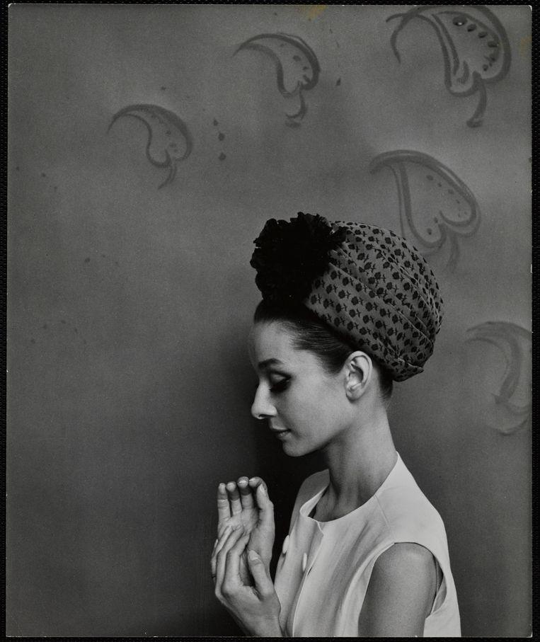Cecil Beaton Portret van Audrey Hepburn door Cecil Beaton. Beeld Cecil Beaton / Getty