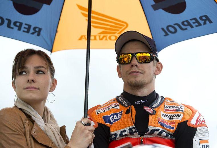 Casey Stoner met echtgenote. Beeld AFP