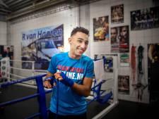 NK-titel lonkt, maar bokser Boudhoum heeft een gekneusde hand