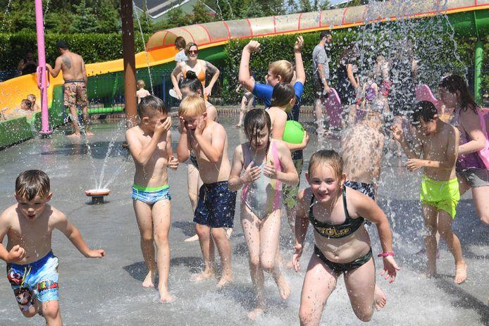 Pukkemuk is weer open kinderen tot 12 jaar lekker frank en vrij genieten voor de ouders afstand houden en rechts lopen.