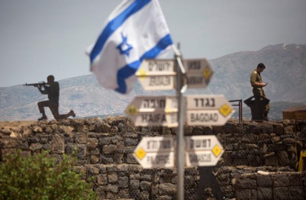 **Netanyahu wil Trump overhalen de Golanhoogte te erkennen als Israëlisch grondgebied**
