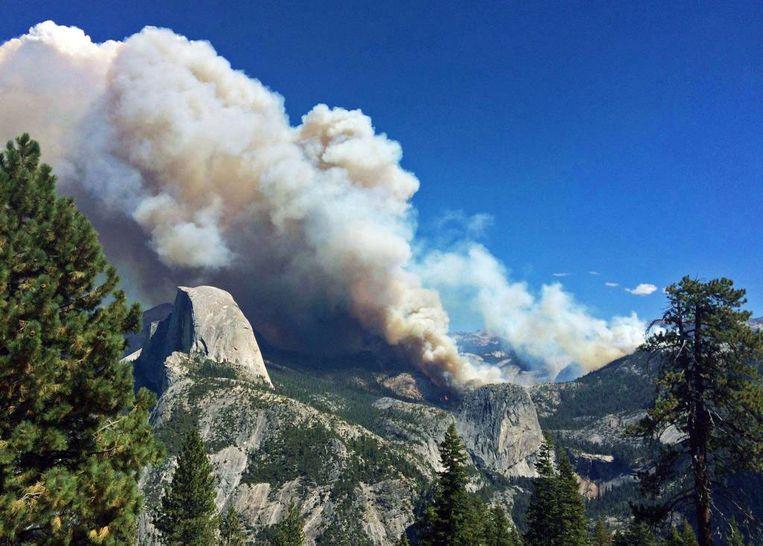 Een bosbrand in 2014 in Yosemite National Park, Californië. Beeld AP