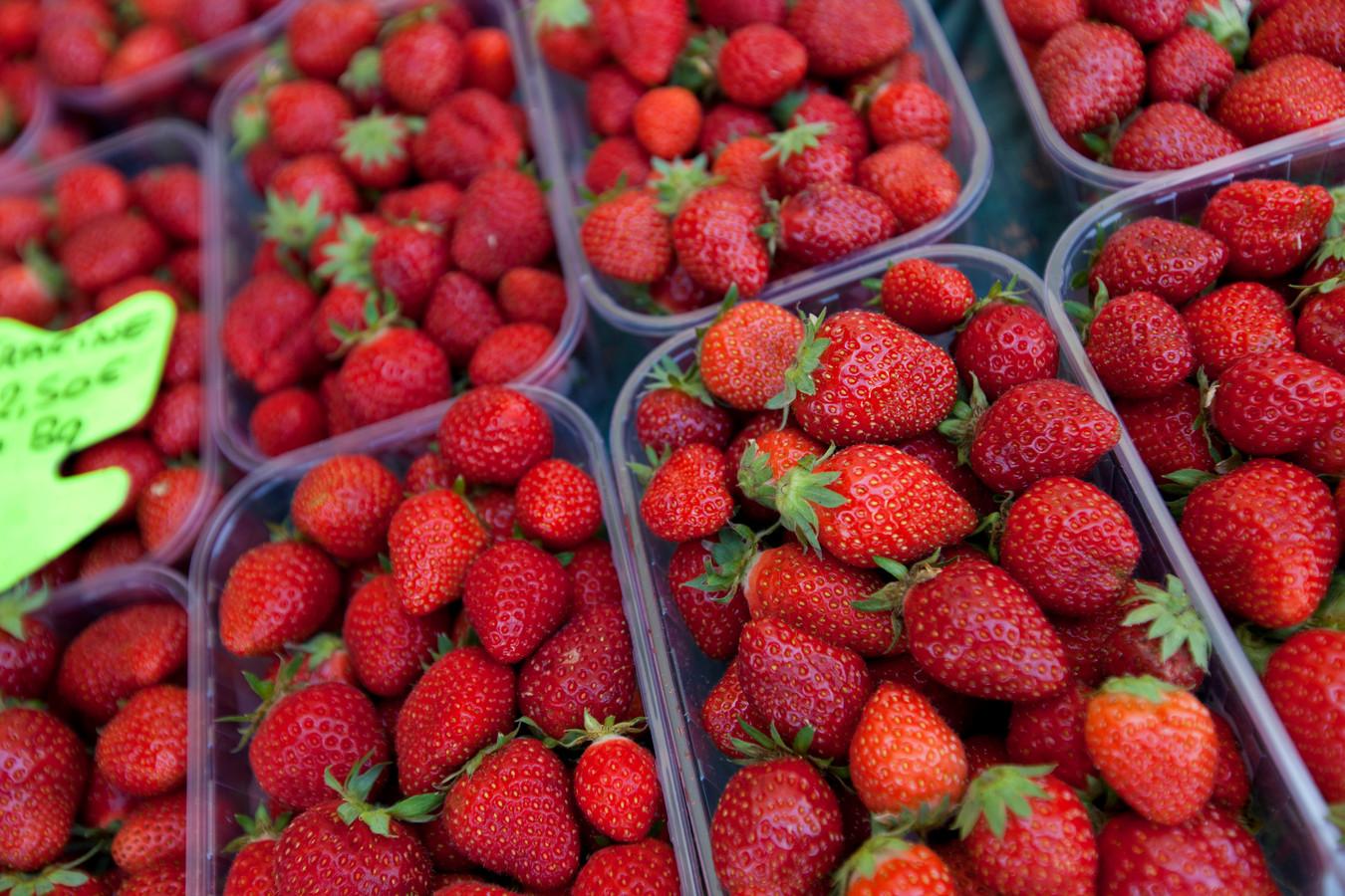 stockadr stockpzc aardbeien markt aardbei