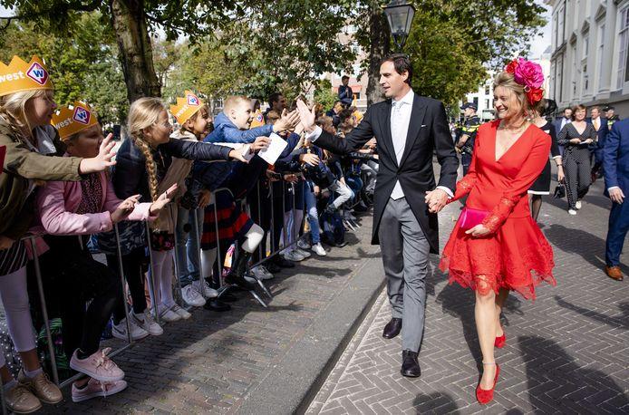 Vorig jaar kon minister Wopke Hoekstra van Financiën zijn verloofde Liselot wél meenemen naar Prinsjesdag.