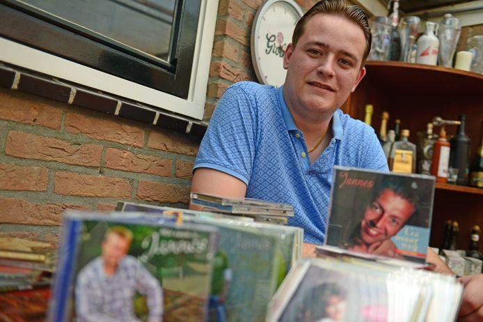 Jimme Nordkamp speelt een belangrijke rol in de erkenning van piratenmuziek tot immaterieel erfgoed van Nederland