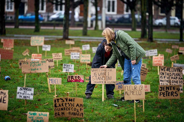 Youth for Climate demonstreert coronaproof.  Beeld Phil Nijhuis