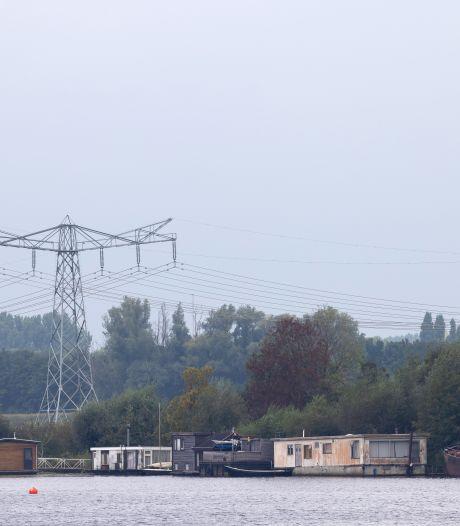Woonbootbewoners Ertveldplas willen (nog) niet naar Rosmalense Plas