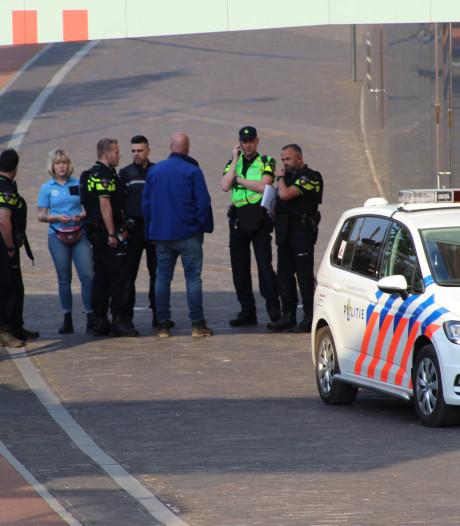 Gezochte vrouw achter drie valse bommeldingen in Breda, NS eist tienduizenden euro's van haar