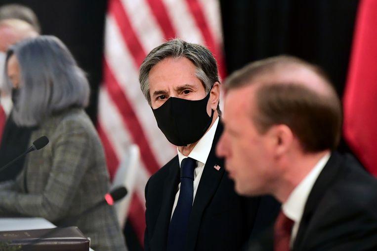 De Amerikaanse minister van Buitenlandse Zaken Antony Blinken (midden). Beeld REUTERS