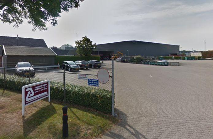 De huidige locatie van afvalbedrijf Aalbers aan de Broekstraat in Aalten. Het bedrijf wil en mag verhuizen naar de Westrand.