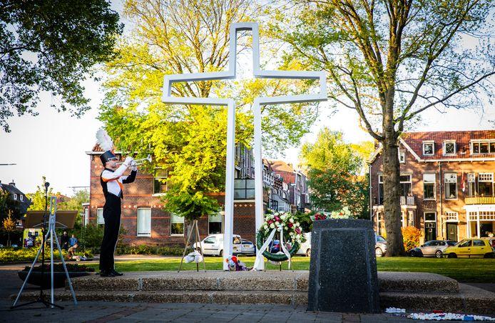Net als vorig jaar is de herdenking op het Sumatraplein in Dordrecht zonder publiek.
