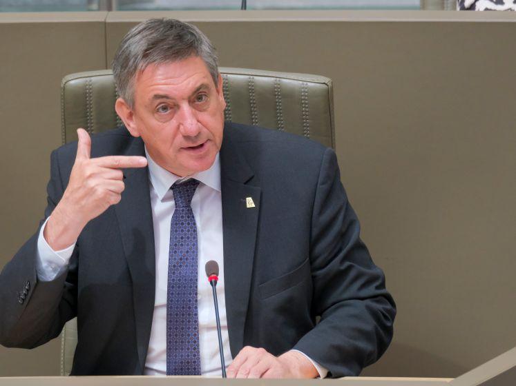 LIVE. Wie wist wat over PFOS-vervuiling? Volg hier het actuadebat in het Vlaams parlement