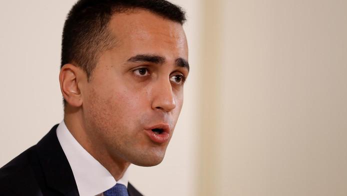 """Luigi Di Maio """"garantit"""" que l'Italie restera dans l'euro"""