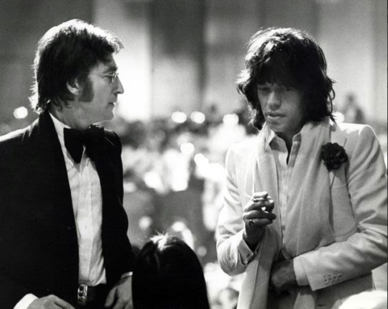 Ron Galella, 'Mick Jagger & John Lennon in Los Angeles (1974)', Galerie Wouter van Leeuwen. Beeld Galleryviewer