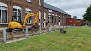 Renovatiewerken aan zaal Servaas gaan nieuwe fase in nu het dak gerestaureerd is