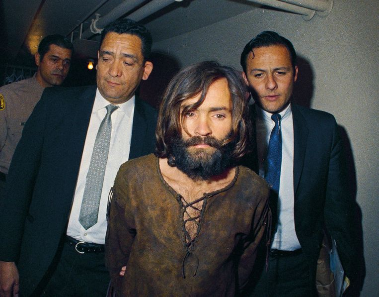 Charles Manson wordt in 1969 gearresteerd voor zijn aandeel in de Sharon Tate-moordzaak. Beeld AP
