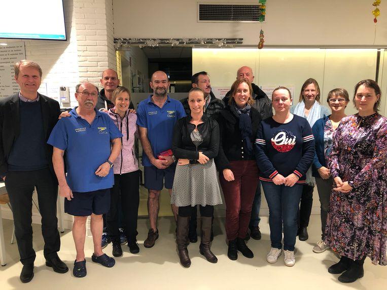 Zowel de deelnemers als sportschepen Koen Helsen bedanken lesgever Marc Van Looy