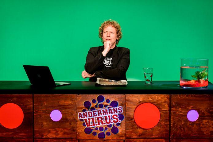 Thijs Kemperink is één van de comedians die een optreden geeft in Het Punt in Vroomshoop.