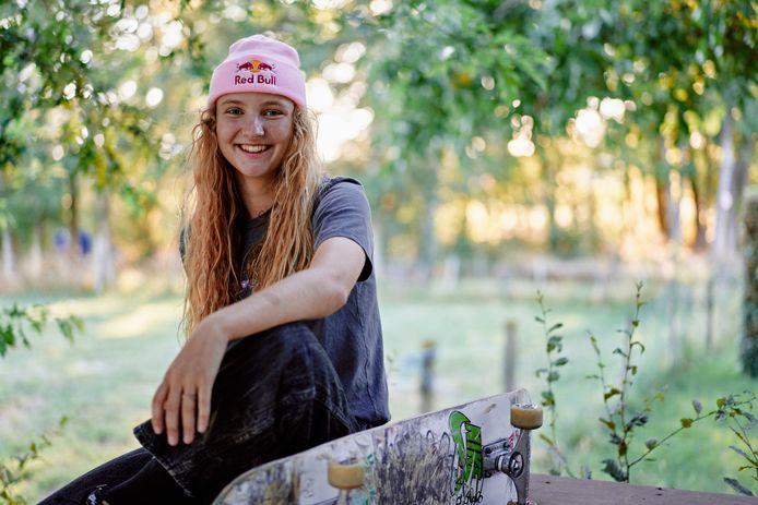 Skateboardster Lore Bruggeman