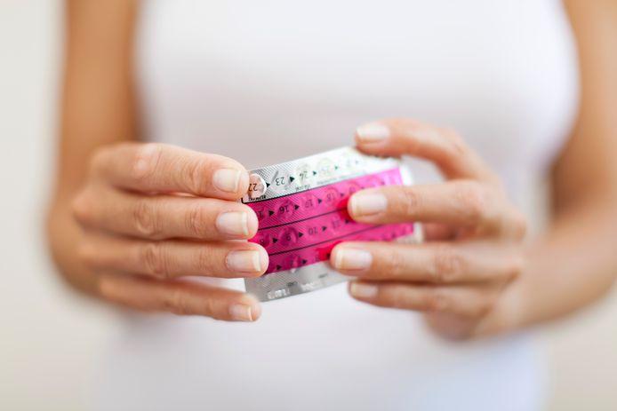 Le débat autour du vaccin AstraZeneca a réveillé quelques craintes quant à la pilule contraceptive.