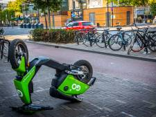 Stelling | Ik erger me kapot aan zwervende deelscooters