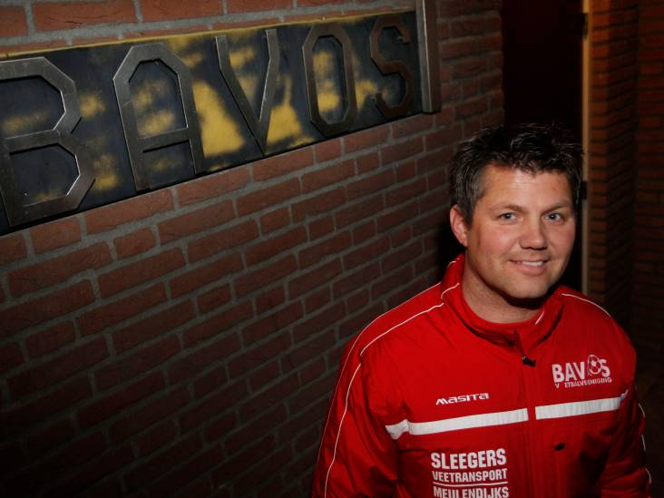 Trainer Elbers blijft SSE trouw