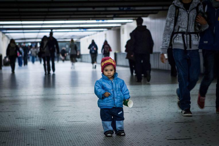 Vier op de tien Brusselse kinderen worden geboren in armoede. Beeld Bas Bogaerts