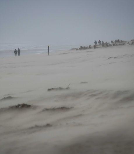 Bijzonder: menselijk bot op Amelander strand blijkt afkomstig uit Romeinse tijd