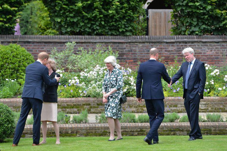 De familie van prinses Diana was ook bij de onthulling aanwezig. Beeld BrunoPress/PA Images