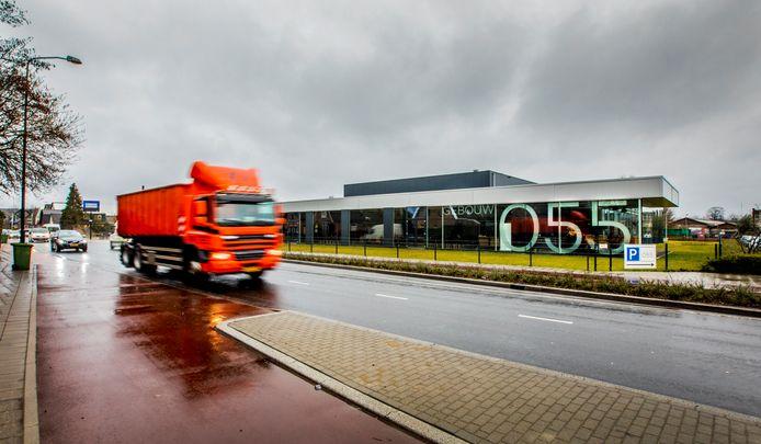Gebouw 055 aan de Condorweg  in Apeldoorn. GGD Noord- en Oost-Gelderland wil dit gebouw gaan gebruiken als vaccinatielocatie tegen het coronavirus.