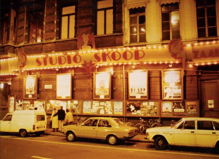 De gevel van Studio Skoop, aan het Sint-Annaplein in Gent. Beeld Paya Germonprez