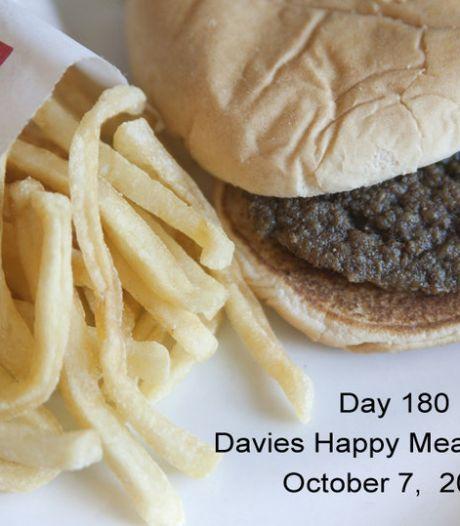 Le Happy Meal du McDo ne pourrit pas, même après six mois