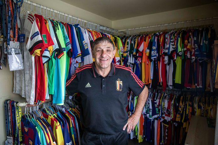 Benny Liebens (62) neemt na 26 jaar materiaalmeester bij voetbalploeg STVV afscheid.