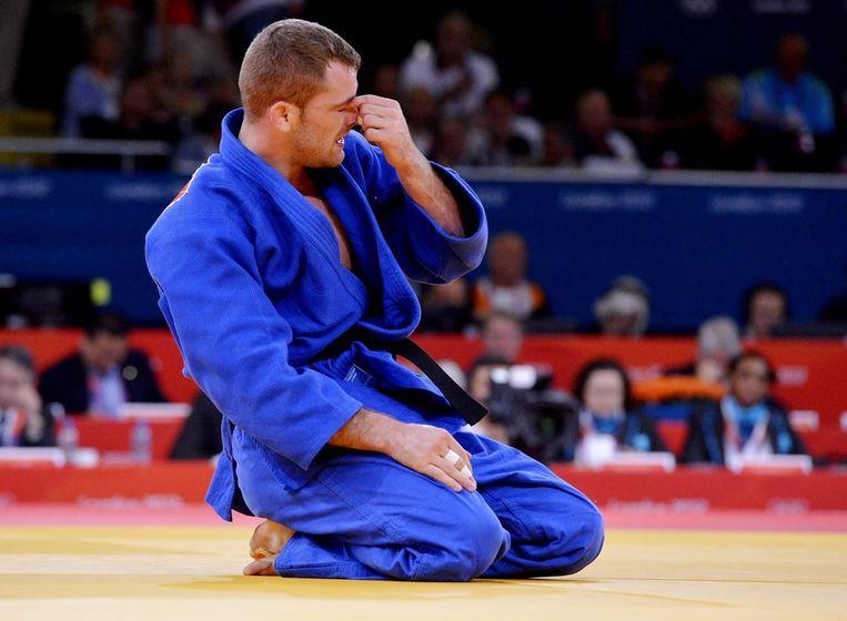 Joachim Bottieau werd al na 12 seconden gevloerd door de Wit-Rus Stsiashenka. Beeld BELGA