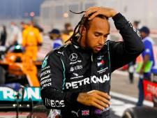 Hamilton tien dagen in quarantaine: 'Extreem teleurgesteld dat ik niet kan racen'