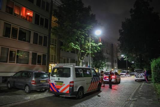De verdachte werd aangehouden in een woning aan de Van Leeuwenhoekstraat