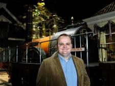 Omstreden Ermelose museumbaas huurt opnieuw familiebedrijf in met subsidiegeld
